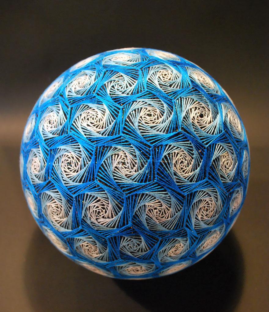 amazing-embroidery-art-17-1-57161566dbc32__880