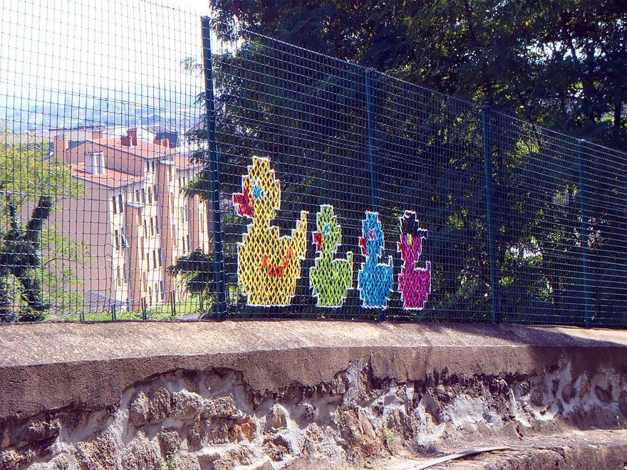 amazing-embroidery-art-22-1-57161576621aa__880