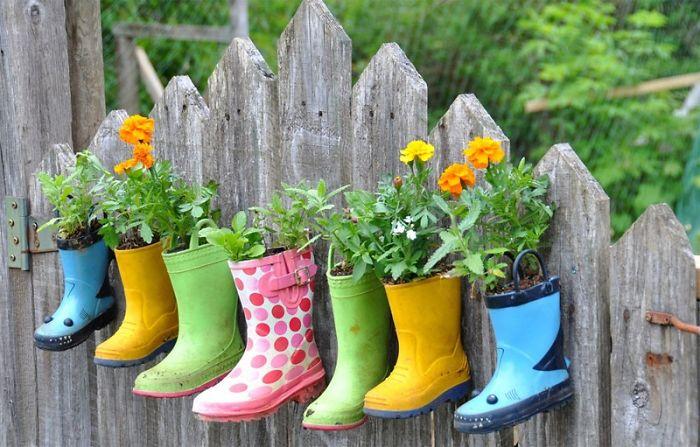garden-fence-decor-ideas-17-572313b6b9344__700