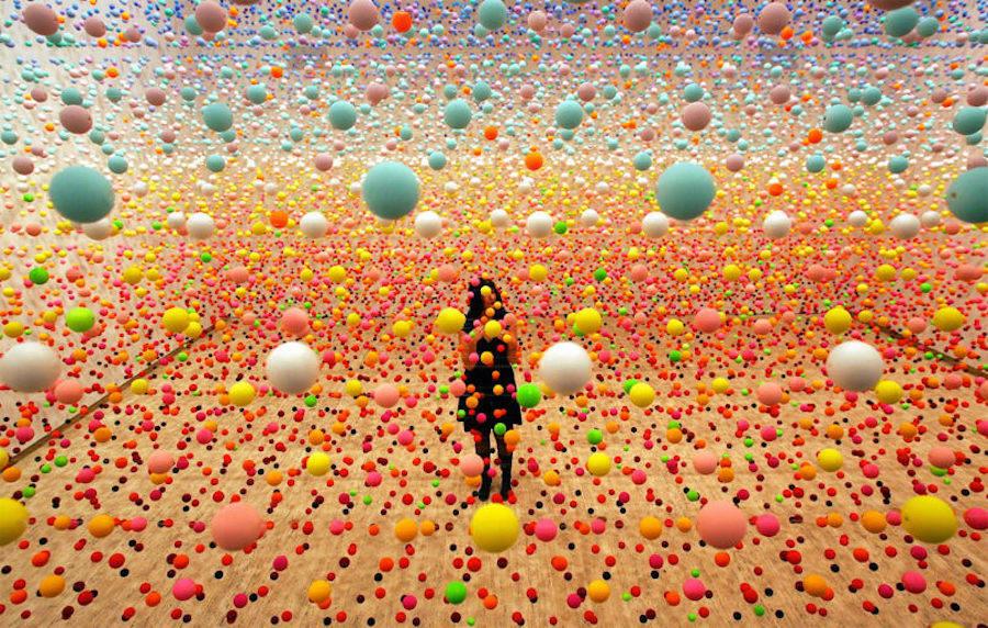 بازی با رنگ ها و سایه ها