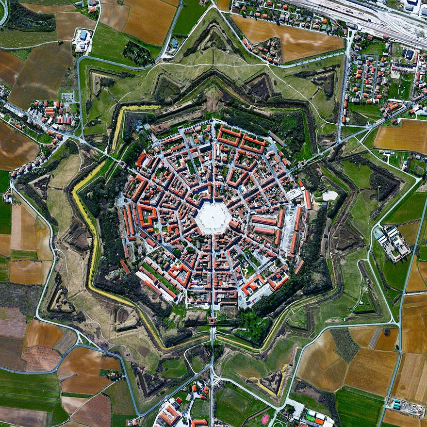 # 3 پالمانوا، ایتالیا