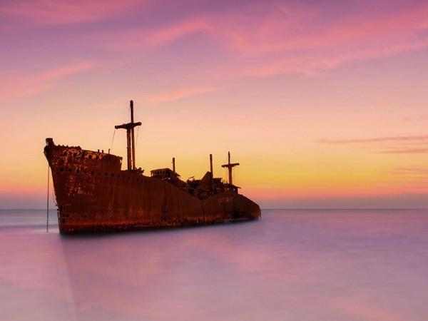 کیش جزیره رنگارنگ خلیج فارس