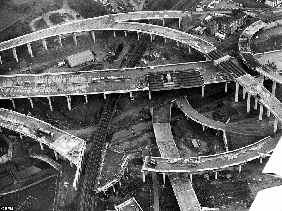 مجموعه پل های Gravelly Hill (بیرمنگام، انگلستان)