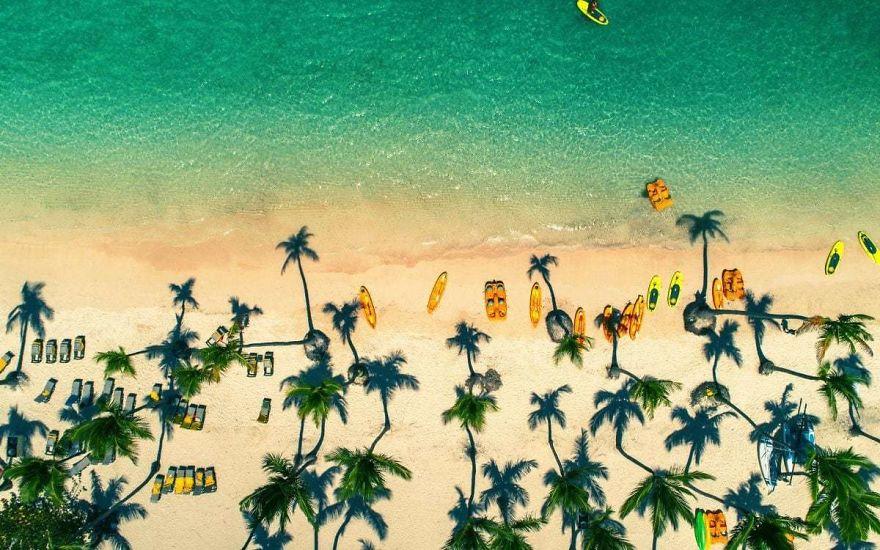 #12 Tropical Island Beach, Dominican Republic : جزایر گرمسیری جزیره، جمهوری دومینیکن سواحل Punta Cana در جمهوری دومینیکن.