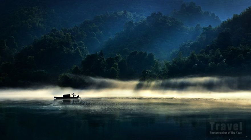 #8 Beauty Of Light,commended, Zhenzheng Hu, China